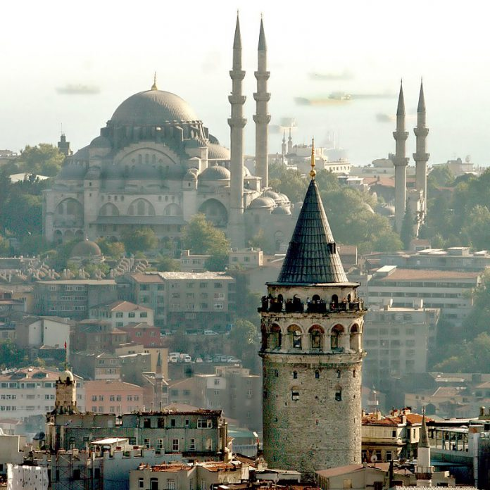 Istanbul tourist attraction- Galata tower and Suleymeniye Mosque