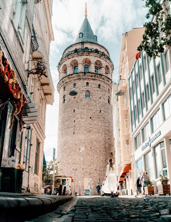 amazing medieval architecture of Galata tower