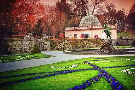 beautiful garden in Salzburg mirabell garden