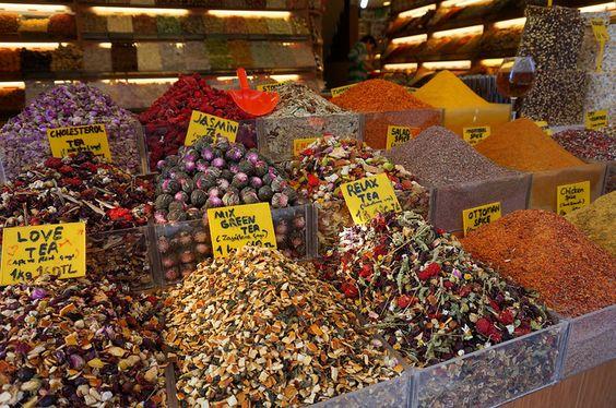 tea in spice bazaar Istanbul