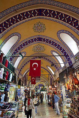 the structure of grand bazaar