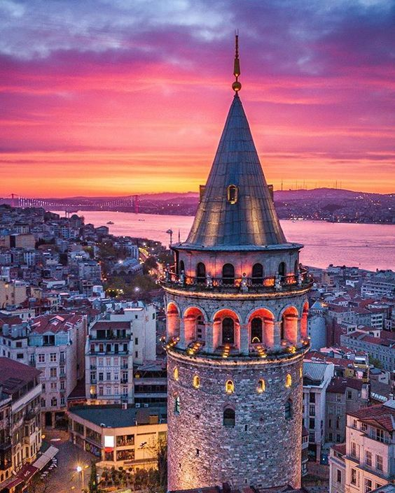 360 view over Galata tower