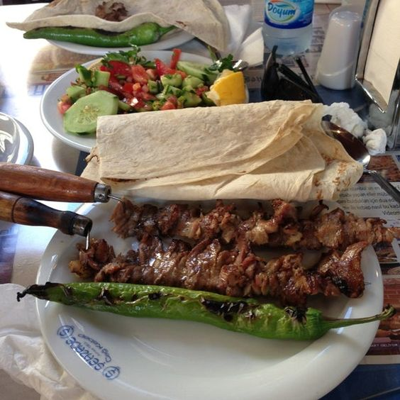 Delicious platter of Cağ Kebab style