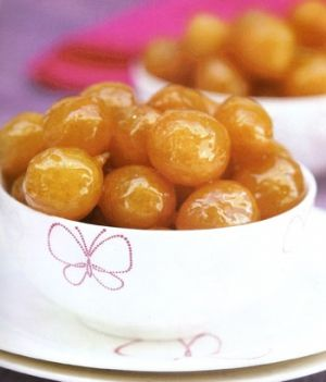 lokma Turkish dessert