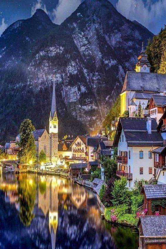 beautiful village in Hallstatt