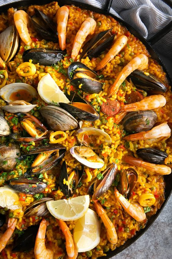 seafood paella delicious Spanish food